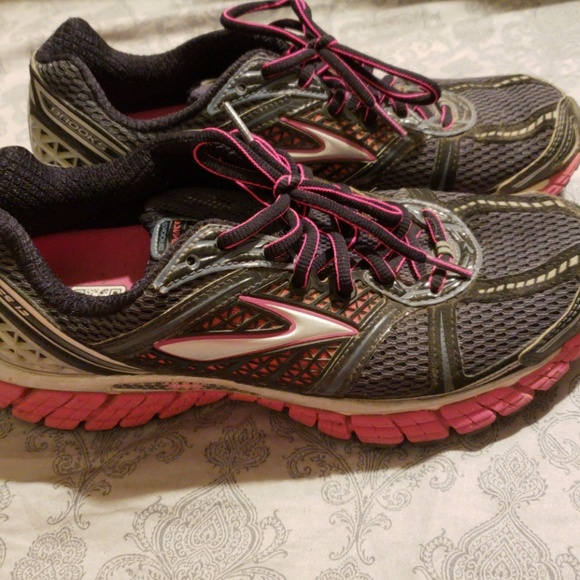 e474c50abcc Brooks Shoes - Brooks Trance 12 shoes size 9.5